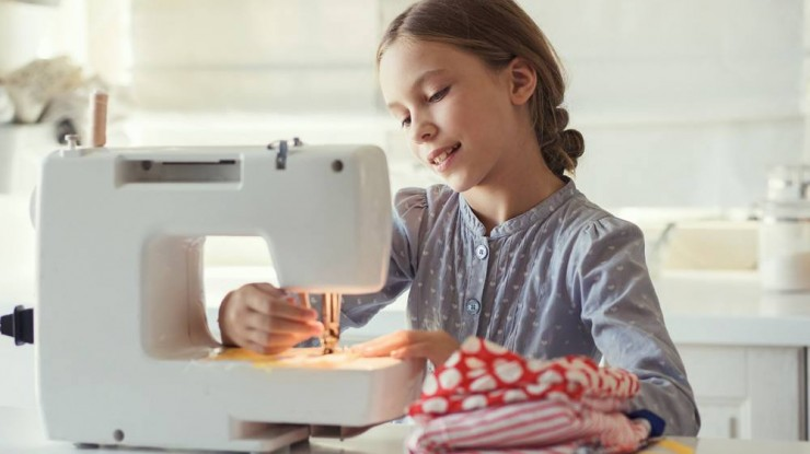 The Best Sewing Machine for Kids-Let Them Learn At An Early Age!!